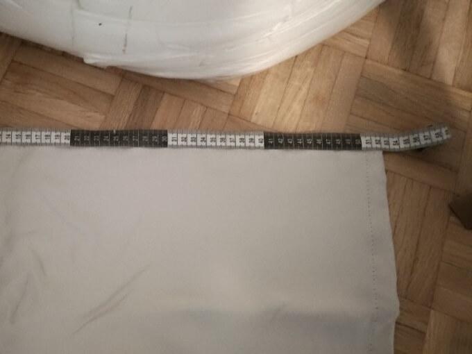 カーテンの長さ測定